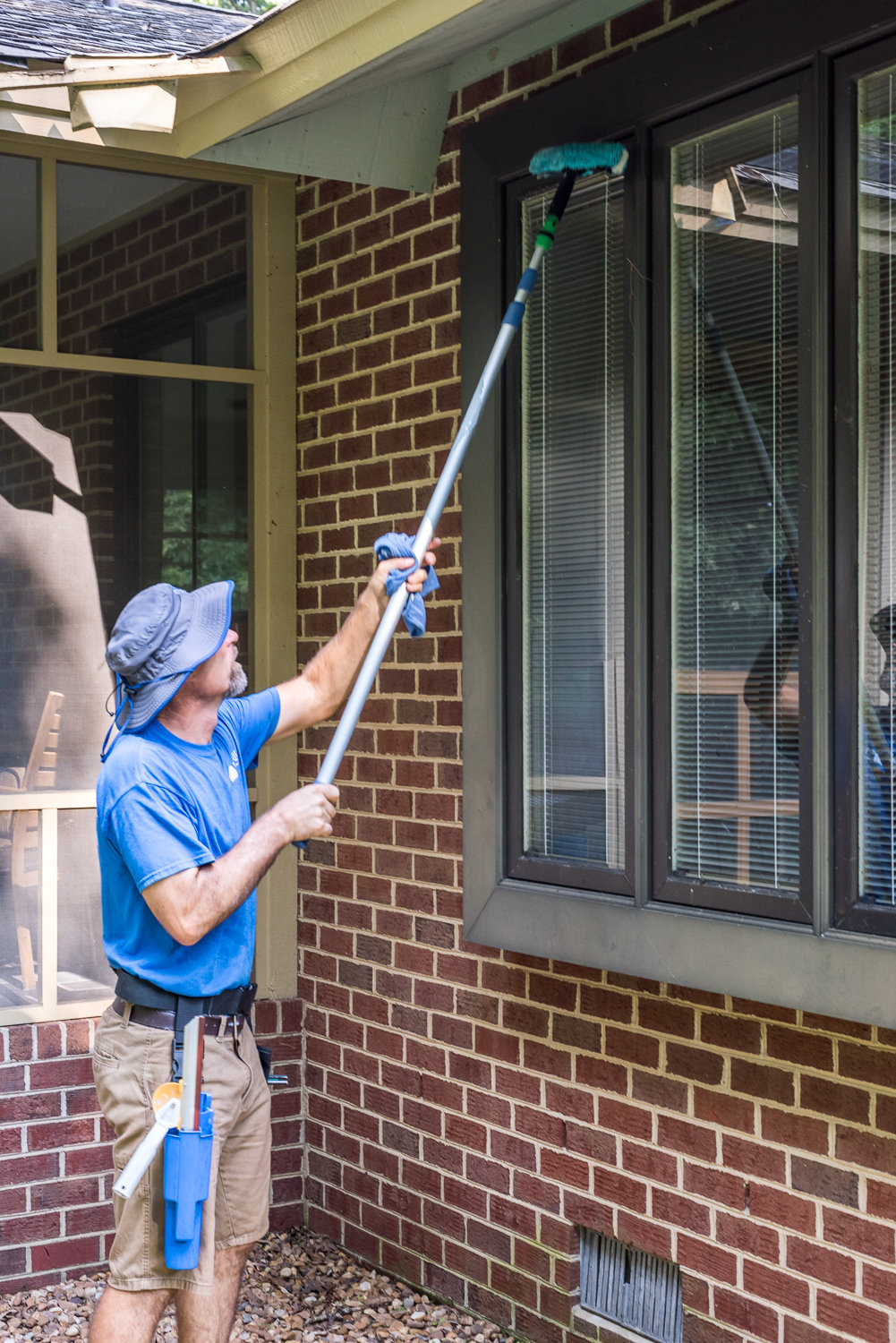 We can reach the top of your windows in Richmond, VA.